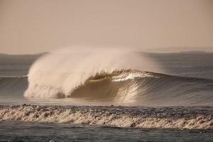 Bud Bud Contest XIII: Surf, Art & Electro on the beach